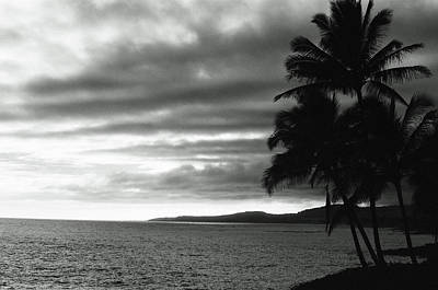 Photograph - Sunset 02 - Sfx 200 Bw - Kauai, Hawaii by Pamela Critchlow