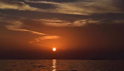 Photograph - Sunset 3 by Shabnam Nassir
