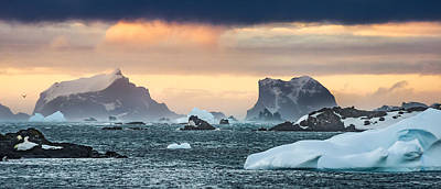 Sunset Photograph - Sunset Along Antarctic Peninsula - Antarctica Photograph by Duane Miller