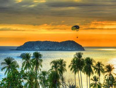 Sunset And Parasail Art Print