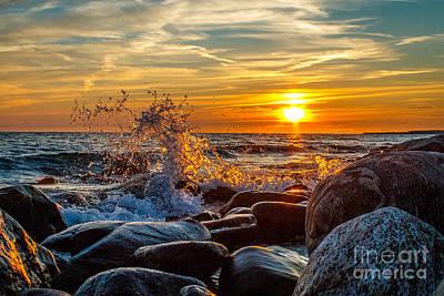 Wall Art - Photograph - Sunset And Splash by Marj Dubeau