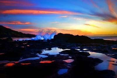 Photograph - Sunset And The Splash by Tara Turner