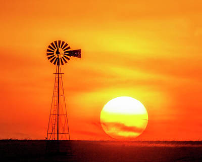 Photograph - Sunset And Windmill 16 by Rob Graham