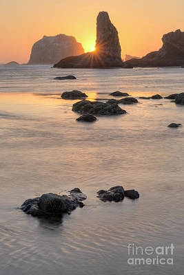 Sunset At Bandon Print by Masako Metz