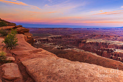 Photograph - Sunset At Canyonlands 4 by Ben Graham