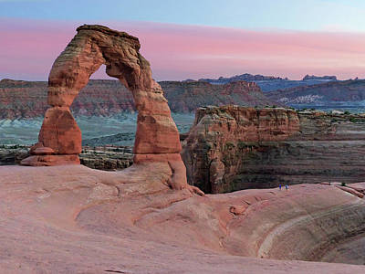 Photograph - Sunset At Delicate Arch by Jeff Brunton