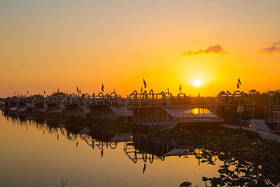 Photograph - Sunset At Everglades Holiday Park by Dart  Humeston