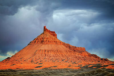 Photograph - Sunset At Factory Butte. by Johnny Adolphson
