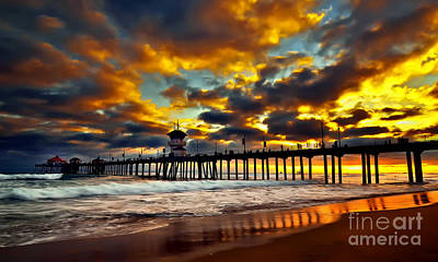 Sunset At Huntington Beach Pier Art Print