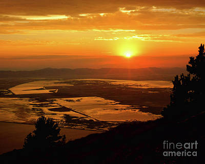 Photograph - Sunset At Inspiration Point by Roxie Crouch