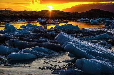 Photograph - Sunset At Jokulsarlon 1 by Deborah Smolinske