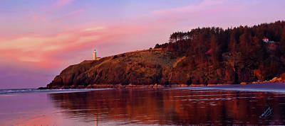 Photograph - Sunset At North Head Lighthouse by Jeanette Mahoney