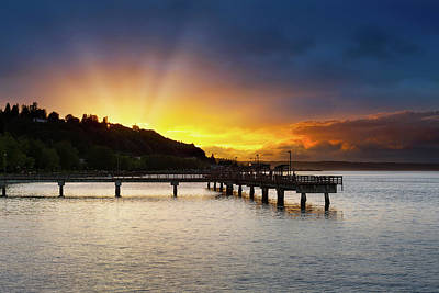 Wall Art - Photograph - Sunset At Ruston Way Waterfront In Tacoma by David Gn
