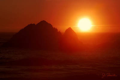 Photograph - Sunset At Seal Rocks No. 6 by Joe Bonita