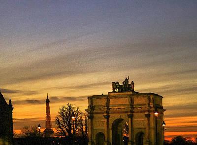 Arc De Triomphe Du Carrousel Wall Art - Photograph - Sunset At The Arc De Triomphe Du Carrousel by Amy Sorvillo