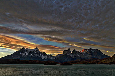 Photograph - Sunset At The Cuernos #3 - Patagonia by Stuart Litoff