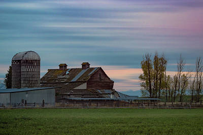 Photograph - Sunset Barn by Jedediah Hohf