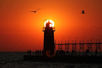 Mauverneen Blevins Photograph - Sunset Beacon by Mauverneen Blevins