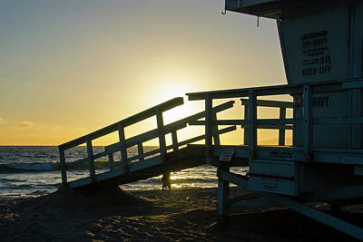 Photograph - Sunset Behind A Lifeguard Station On Venice Beach Ca by Devin McGuire