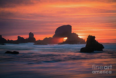 Sunset Behind Arch At Oregon Coast Usa Art Print