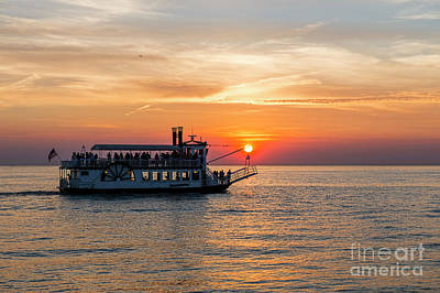 Photograph - Sunset Cruise by David Arment