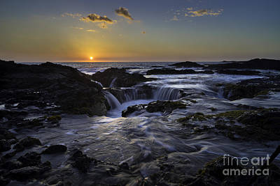 Photograph - Sunset Finale Over Kona All Proceeds Go To Hospice Of The Calumet Area by Joanne Markiewicz