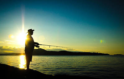 Photograph - Sunset Fishing by Roxy Hurtubise