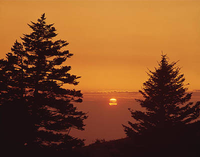 Photograph - 143010-sunset From Whitetop Mountain  by Ed  Cooper Photography