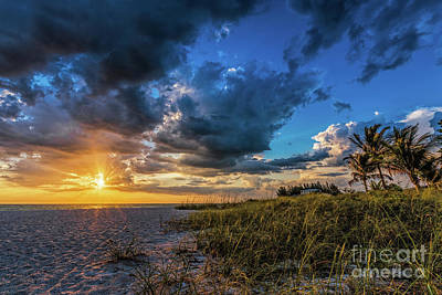 Photograph - Sunset Holmes Beach by Damon Powers
