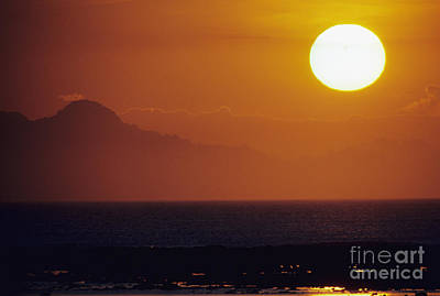 Large Sinks Photograph - Sunset In Bali by Ali ONeal - Printscapes