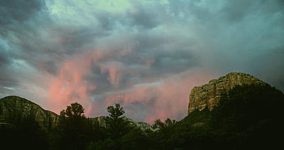 Photograph - Sunset In Boynton Canyon Sedona Arizona by Gary Wonning