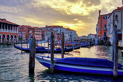Photograph - Sunset In Canal Grande by Fabrizio Troiani
