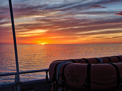 Photograph - Sunset In The Gulf by Farol Tomson