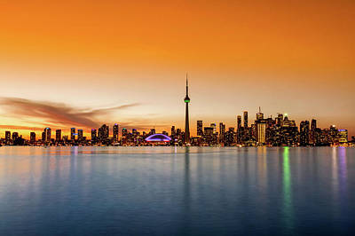 Photograph - Sunset In Toronto, Canada by Jose Luis Vilchez