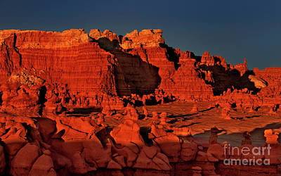Photograph - Sunset Light Goblin Valley Utah by Dave Welling