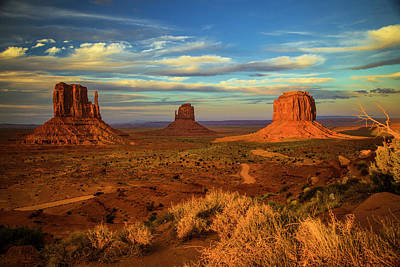 Photograph - Sunset - Monument Valley by Levin Rodriguez
