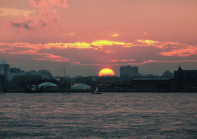 Photograph - Sunset Nyc Harbor by William Kimble