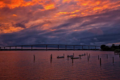 Wall Art - Photograph - Sunset On Solomons Island by Cliff Middlebrook