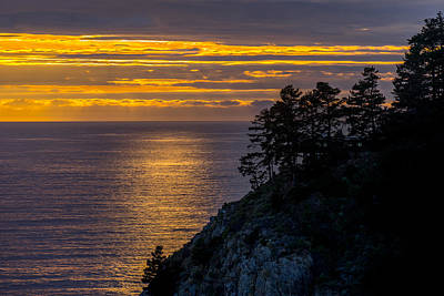 Photograph - Sunset On The Edge by Derek Dean