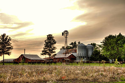 Robin Williams Photograph - Sunset On The Farm by Robin Williams