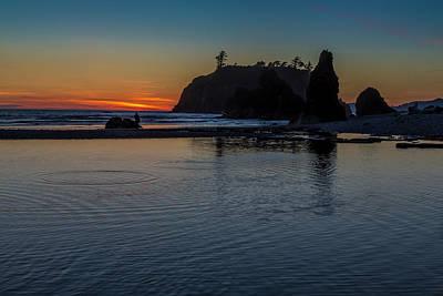 Sunset On The Oregon Coast Art Print