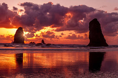 Photograph - Sunset On The Oregon Coast by Teri Virbickis