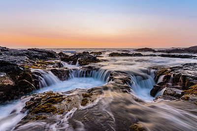 Photograph - Sunset On The Rocks 2 by Jason Chu