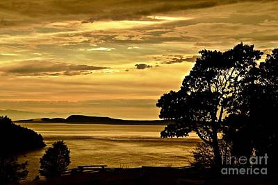 Photograph - Sunset On The Sound by Sheila Ping