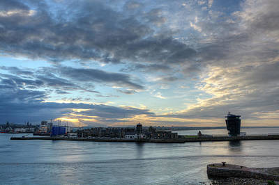 Photograph - Sunset Over Aberdeen by Veli Bariskan