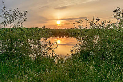 Photograph - Sunset Over Fiddlers Lake by Valerie Pond