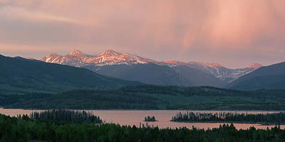 Torreys Peak Photograph - Sunset Over Lake Dillon by Aaron Spong