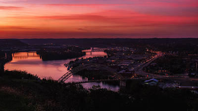 Photograph - Sunset Over Pittsburgh's West End by Lori Coleman