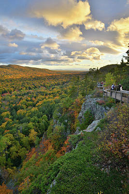 Photograph - Sunset Over Porcupine Mountains V by Ray Mathis