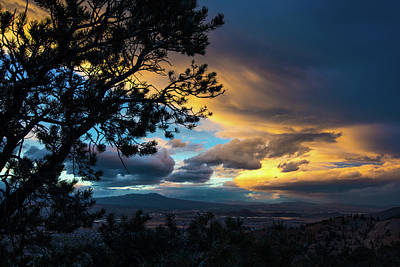Photograph - Sunset Over Reno by John Hembree
